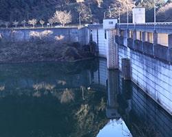 ダムへの散骨は不可能
