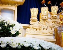 葬儀で飾られた花