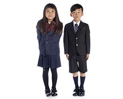 子供の制服姿