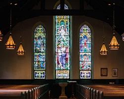 キリスト教会のステンドグラス